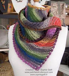 Ravelry: Karina shawlette pattern by Sophie GELFI Designs   http://www.ravelry.com/patterns/library/karina-shawlette#
