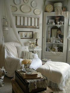Rustic Chic Living Room Decor.