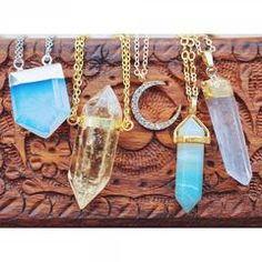 Amazonite Crystal Gold Necklace – Vivamacity