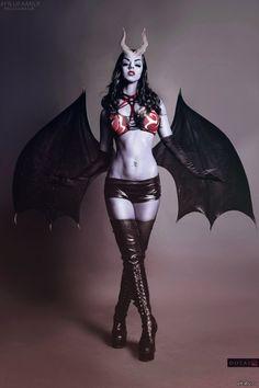 Queen of pain cosplay Dota 2