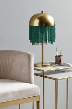 Unique and Creative Table Lamp Design Ideas to Decorate Your Room Gold Interior, Interior Design, Style Deco, Green Table, Lounge, Luminaire Design, Bedroom Green, Decorate Your Room, Upholstered Chairs