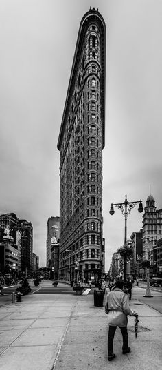 The Fuller building aka Flatiron building by @pedrocobo - The Best Photos and Videos of New York City including the Statue of Liberty, Brooklyn Bridge, Central Park, Empire State Building, Chrysler Building and other popular New York places and attractions.