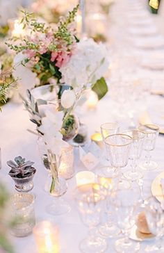 Wedding Decor: Lovely Tablescape // Photo Captured by Carmen and Ingo Photography via Magnolia Rouge