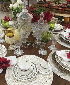O bom é que na @ciadacasa não faltam peças para deixarem sua casa cada vez mais linda!  Amo Cia da Casa: R Tenente Virmondes 164 | watts: (34) 9 9960-4938 e (34) 3234-1253 #ciadacasa #mesaposta #tableware