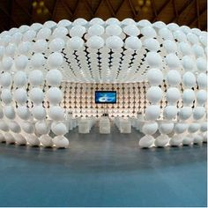 Plasticamente Pavilion is a contemporary modern building design that was made, created, and designed by Italian designer Riccardo Giovanetti. This Pavilion has designed to host the premiere of the new Walt Disney movie Trilli. Exhibition Booth Design, Exhibition Display, Exhibition Space, Exhibition Stands, Exhibit Design, Stage Design, Event Design, Walt Disney, Displays