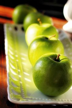 Little Green Apples are so beautiful... #PinAtoZ #apples