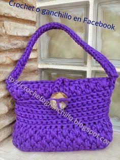 Crochet o ganchillo: Bolso lila