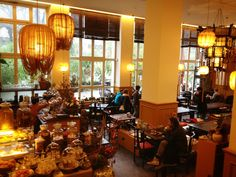 "love this place calls ""Chen Che"" in Berlin… the best way to drink tea…  www.chenche-berlin.de"
