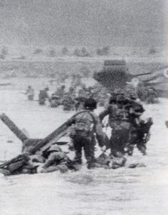 WWII June 1944 Omaha Beach, Normandy, one of the few pics from the D-Day invasion initial wave that remain. World History, World War Ii, Omaha Beach, Afrika Corps, D Day Normandy, Normandy France, D Day Invasion, D Day Landings, Historia Universal