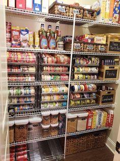 Kitchen Pantry Design, Diy Kitchen Storage, New Kitchen, Kitchen Decor, Kitchen Ideas, Kitchen Designs, Kitchen Inspiration, Rustic Kitchen, Kitchen Trends