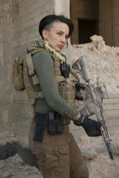 5 Facts You Didn't Know About Women in the Military - Amazing Quick Facts - Today I Found Out Gi Joe, Special Forces Gear, Warrior Girl, Warrior Women, Female Soldier, Badass Women, Real Women, Amazing Women, Military Women