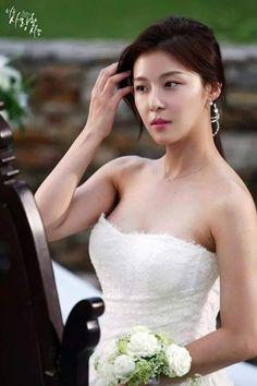 Ha Ji Won Korean Beauty, Asian Beauty, The King 2 Hearts, Garden King, Pretty Korean Girls, Ha Ji Won, Military Women, Cute Beauty, Skinny Girls