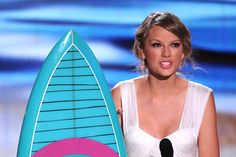 Taylor Swift Teen Choice Awards 2012 - Show