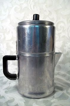 Vintage wear ever 2 cup aluminum stove top drip coffee maker model