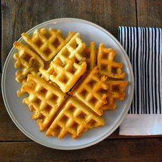 Extra Crispy Waffles I hacked the 21 Day Sugar Detox waffles from @brittany_angell by mixing fresh ground macadamia nuts with the almond flour and using @tinstarfoods ghee instead of butter. I love this recipe because it not only tastes great, but is keto-friendly too! #paleo #keto #waffles #grainfree #sugarfree #healthyfats #fatisfuel #primal #yahooeats #avocadotozen