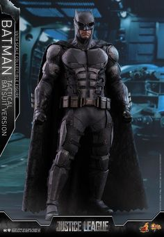 Hot Toys Justice League Batman Tactical Suit Scale Figure - The Toyark - News Batman Y Superman, Batman Armor, Batman Suit, Armadura Do Batman, Armadura Ninja, Tactical Suit, Tactical Armor, New Justice League, Ben Affleck Batman