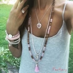 rose#sandalwood#neklace#beautiful#ilike#happy#girl#sun#bijoux
