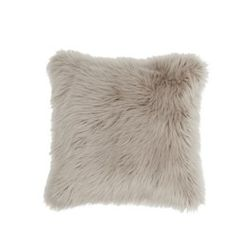 Bringing a cosy touch to any room, this grey cushion has been crafted from genuine sheepskin. Ikea Shopping, Grey Cushions, Nordic Interior, Colour Pallette, Scandinavian Home, Decoration, Throw Pillows, Design, Rome