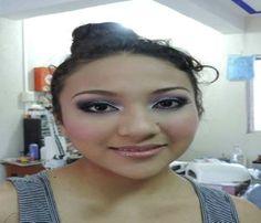 Maquillaje https://www.youtube.com/watch?v=ePeN1fJlF5s