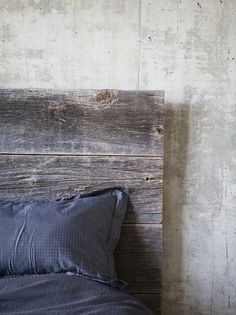 Salvage wood bed