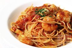 This is pretty good. I do about lb of shrimp and double or triple the sauce. I skipped the butter and used regular linguine. Linguine with Spicy Shrimp Spicy Shrimp Sauce Recipe, Spicy Shrimp Recipes, Fish Recipes, Seafood Recipes, Pasta Recipes, Cooking Recipes, Healthy Recipes, Healthy Dinners, Spicy Pasta