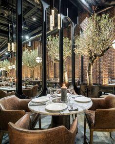 industrial interior design hotel - New Deko Sites Bar Restaurant Design, Decoration Restaurant, Luxury Restaurant, Restaurant Restaurant, Modern Restaurant, Restaurant Interiors, Restaurant Lighting, Restaurant Specials, Cafe Interiors