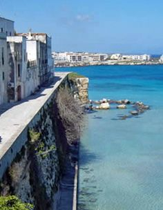 A journey of wine, local flavours and history in Puglia. This 5-night escape includes cellar tours, B stays for two and wine & food tastings.