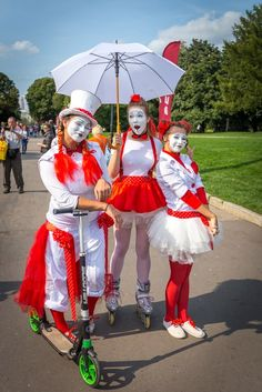 Mime Makeup, Female Clown, Costume Ideas, Costumes, Enemies, Harajuku, Art, Style, Fashion