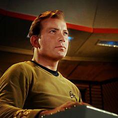 Watch Star Trek, Star Trek Tv, Star Trek Original Series, Star Trek Series, Star Trek Theme, Star Trek Poster, James T Kirk, Star Trek Episodes, Star Trek Images