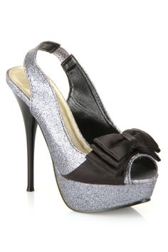 Mia Pump...cute for the Holidays