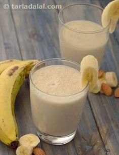 Fruit and nuts complement each other no matter in what form. When you don't have time for a cooked breakfast whip up a hearty almond and banana smoothie for instant energy! Is Almond Milk Healthy, Smoothies With Almond Milk, Apple Smoothies, Healthy Smoothies, Avocado Smoothie, Healthy Foods, Grape Smoothie, Healthy Recipes, Fruit Recipes