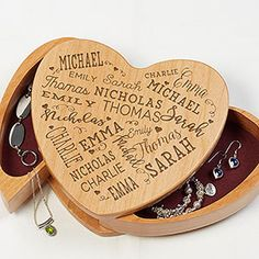 Keep her loved ones close with the Close To Her Heart Wooden Heart Jewelry Box. Personalize with up to 21 names of those she loves, for a truly one of a kind gift she will cherish forever. Engraved Jewelry Box, Silver Jewelry Box, Wooden Jewelry Boxes, Heart Jewelry, Copper Jewelry, Modern Jewelry, Personalized Jewelry, Jewelry Rings, Gold Jewellery