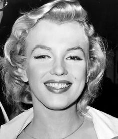 Marilyn Monroe - Home