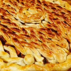 Hello beautiful...maple apple pie. #applepie #apple #maple #pie