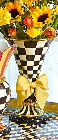 MacKenzie-Childs ♔ Très Haute Design Diva ♔ #vase