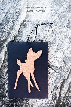 Kalenterin toisesta lunkusta paljastuu bambeliinoja! Passaa mielestäni joulukortiksi, mutta oikein hyvin myös muihin kekkereihin. Idea käy selväksi kuvien välityksellä, joten sen pitemmittä puheitta: printtaa tästä itsellesi sabluuna A4-kokoiselle paperille! Bambien materiaalina käytin piirrettyä ja vesivärjättyä paperia, korkkia, huopaa, kartonkia, lahjapaperia… 6th Birthday Parties, Baby Birthday, Flower Birthday, Birthday Ideas, Diy Gifts For Friends, Cards For Friends, Bambi And Thumper, Heart Projects, Hobbies And Crafts