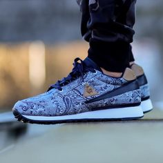Le Coq Sportif - Eclat Paisley http://sneakers.basket4ballers.com/running/5268-sneakers-homme-le-coq-sportif-eclat-paisley-1510152.html
