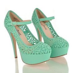 Gorgeous Lace Platform Pumps - Mint green dress outfits wish I could wear these! High Heels Boots, Heeled Boots, Shoe Boots, Shoes Heels, Shoes Men, Nike Shoes, Pretty Shoes, Beautiful Shoes, Crazy Shoes