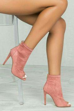 0475317788 23 sapatos bege para olhar fresco e elegante Sapatos Femininos