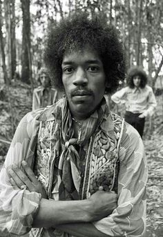 Here is a new part of rare photos of famous people. Actors and actresses, musicians, movie directors, etc. Previous parts: Rare Photos of Famous People pics) Rare Photos of Famous Peop Rock N Roll, Pop Rock, Jimi Hendrix Experience, Easy Guitar, Guitar Tips, Blues, Jimi Hendricks, Historia Do Rock, Seattle