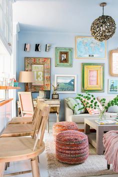 14 Ways to Make a Tiny Apartment Living Room Feel So Much Larger Interior Design, Modern Eclectic Living Room, Eclectic Living Room, Interior, Small Living Rooms, Tiny Apartment Living, Tiny Apartment, Tiny Living Rooms, Living Room Designs