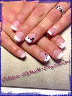 Pose Gel Harz French Blanche + Konad - I am Lia Ongles Gel French, French Manicure Acrylic Nails, French Tip Nails, Gel Nail Art, Manicure And Pedicure, French Nail Designs, Nail Art Designs, Fancy Nails, Pretty Nails
