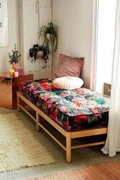 Living Room Decor, Bedroom Decor, Bedroom Ideas, Decor Room, Minimalist Furniture, Indian Home Decor, Home And Deco, Furniture Design, Furniture Ideas