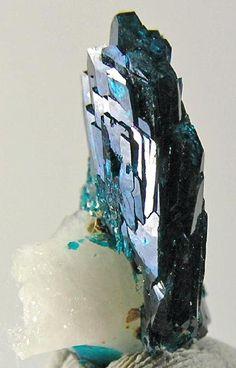 Veszelyite from Montana #minerals #rocks #crystal