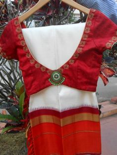 Shyla and Sangeeta of SHYNA Design Studio lead a highly skilled group of artisans from Kutch, Jodhpur and Uttar Pradesh with traditional embroidery. Sari Blouse Designs, Blouse Patterns, Blouse Styles, Indian Attire, Indian Wear, Indian Outfits, Indian Clothes, Indian Blouse, Indian Sarees