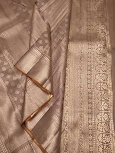 Online shopping from a great selection at Clothing & Accessories Store. Indian Bridal Sarees, Bridal Silk Saree, Saree Wedding, Gold Silk Saree, Brocade Saree, Art Silk Sarees, Designer Silk Sarees, Silk Saree Kanchipuram, Trendy Sarees