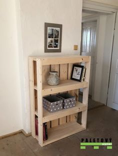 Nábytek z palet Black Things black hair color 2018 Diy Pallet Furniture, Diy Pallet Projects, Wooden Crafts, Wooden Diy, Diy Outdoor Bar, Plant Decor, Room Inspiration, Home Remodeling, Decoration