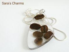 925 Silberkette mit Kaffeebohnen in Harz von Sara´s Charms auf DaWanda.com