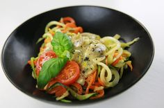 Vegetarian LCHF Friday: Vegetable Spaghetti with Mushroom and Blue Cheese Sauce