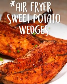 Air Fryer Sweet Potato Wedges Side dish or snack? - air fryer Air Fryer Sweet Potato Wedges Side dish or snack? We say both! If you think sweet potatoes are just for Thanksgiving, give these spicy wedges a try. The smoky spice Air Fryer Dinner Recipes, Air Fryer Oven Recipes, Air Fryer Recipes Videos, Air Fryer Recipes Potatoes, Air Fryer Recipes Vegetarian, Vegetable Recipes, Air Fryer Chicken Recipes, Air Fryer Recipes Vegetables, Cooking Vegetables